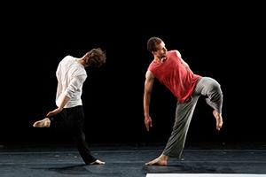 [Bill T. Jones/Arnie Zane Dance Company] Photo by Paul B. Goode