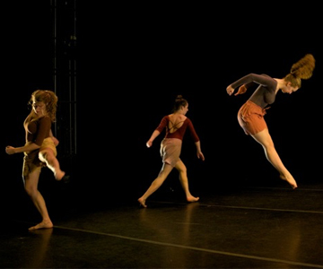 [The Bard College Dance Program PresentsCARBONATEDthings that rise] Photo: Doug Baz