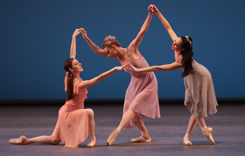 [New York City Ballet MOVES] New York City Ballet, photo by Paul Kolnick